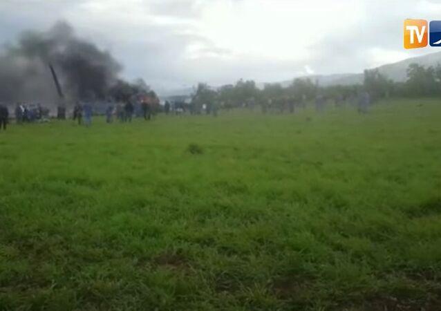 تحطم طائرة عسكرية في الجزائر
