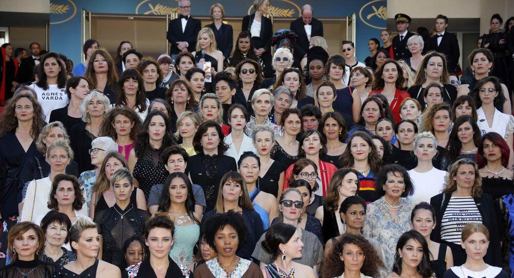 مسيرة رمزية للممثلات في مهرجان كان 2018