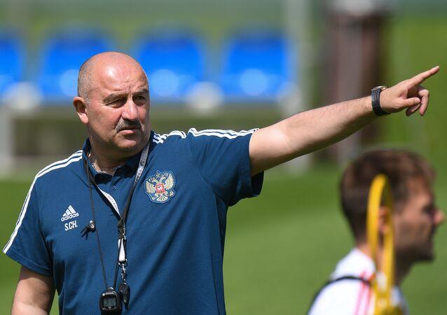 مدرب المنتخب الروسي