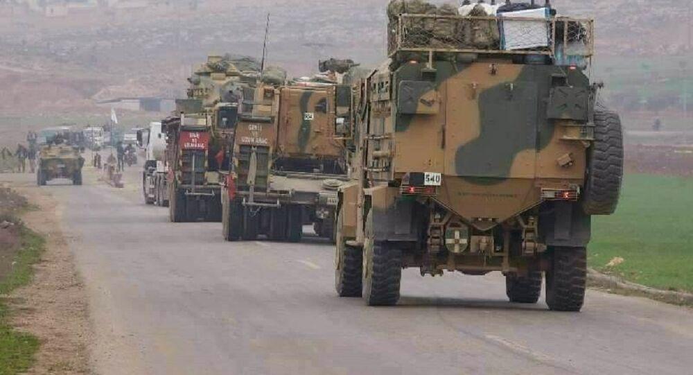 الجيش التركي يواصل تعزيز نقاطه بريف حماة
