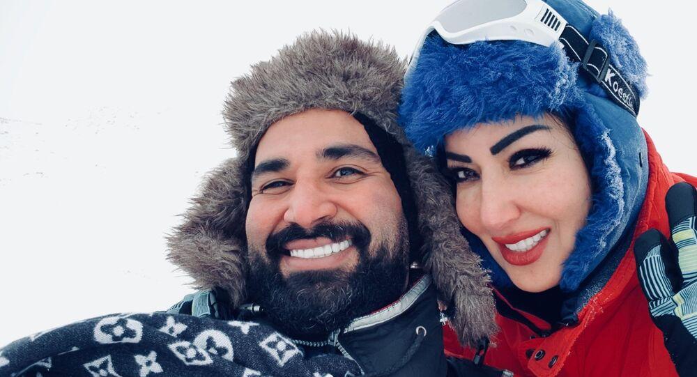 المطرب المصري أحمد سعد مع زوجته السابقة الفنانة سمية الخشاب
