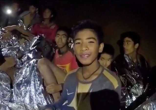 الأطفال الضائعيين في تايلاند
