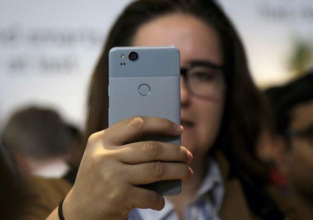 هاتف غوغل بيكسل 2