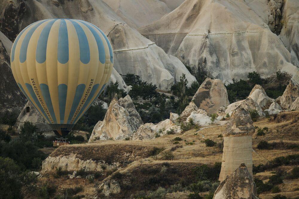 رحلة المنطاد فوق سماء كابادوكيا، تركيا