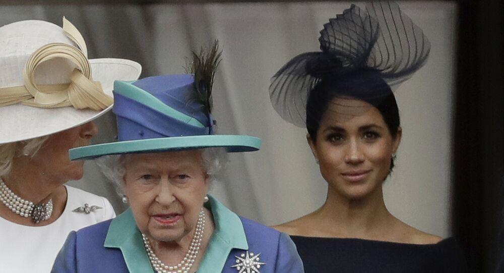 ميغان ماركل والملكة إليزابيث الثاني