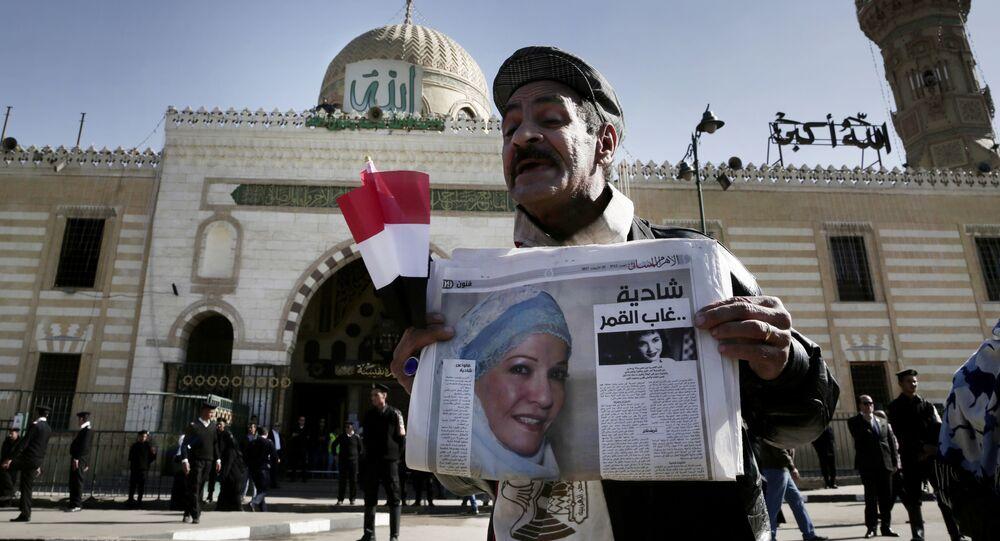 جنازة الفنانة المصرية شادية من مسجد السيدة نفيسة في العاصمة المصرية القاهرة، 29 نوفمبر/تشرين الثاني 2017