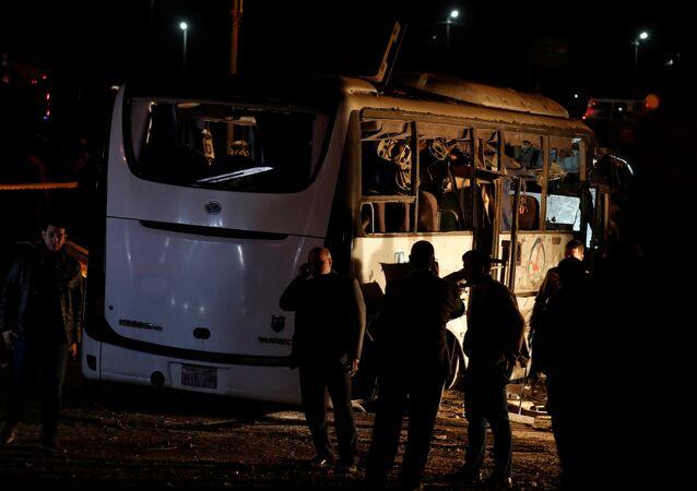 تفجير حافلة تقل سائحين في منطقة الهرم في مصر