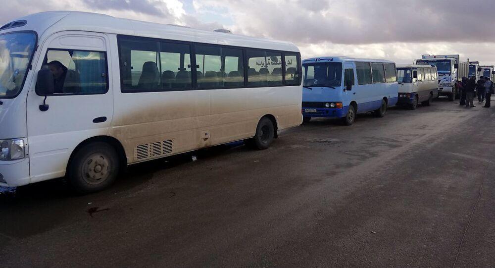 7000 لاجئ سوري عادوا من مخيمات الأردن منذ افتتاح معبر نصيب сирийцы вернулись