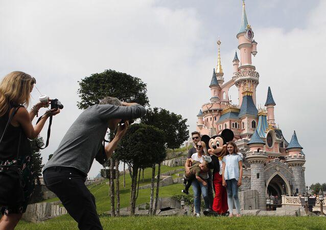 مدينة الملاهي ديزني لاند في باريس، فرنسا