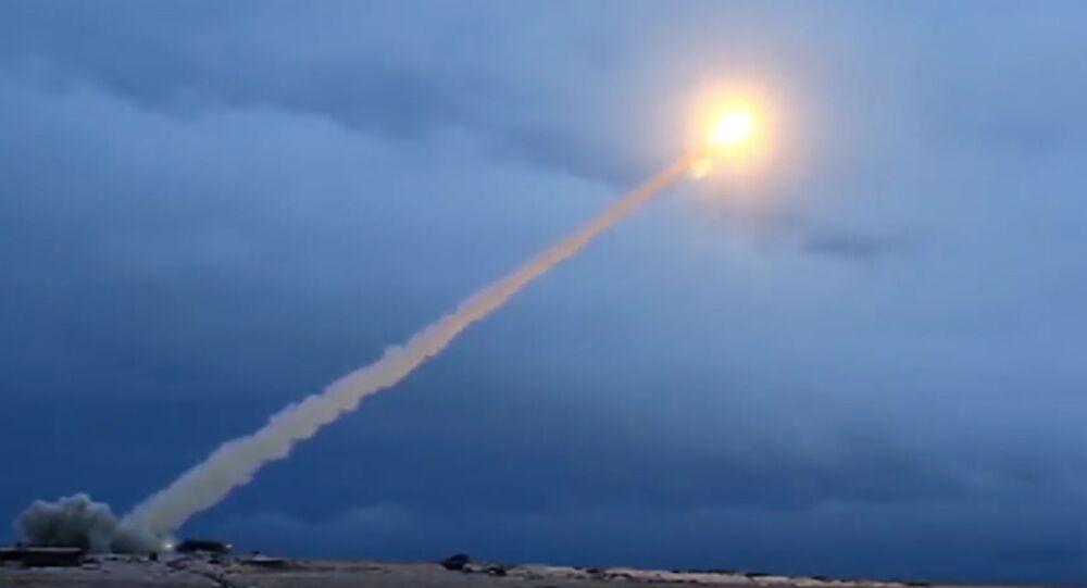 تجربة صاروخ بوريفيستنيك