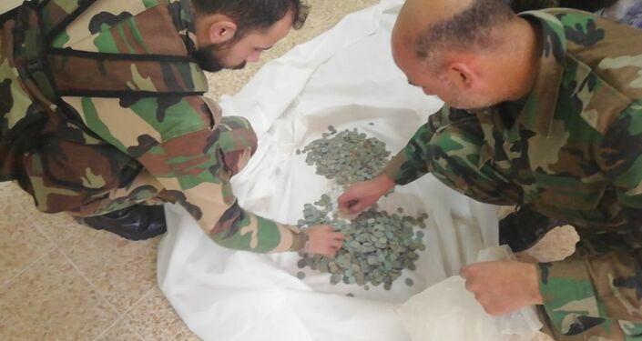 الأمن الجنائي السوري يفشل عملية تهريب آلاف القطع الأثرية من درعا إلى السعودية