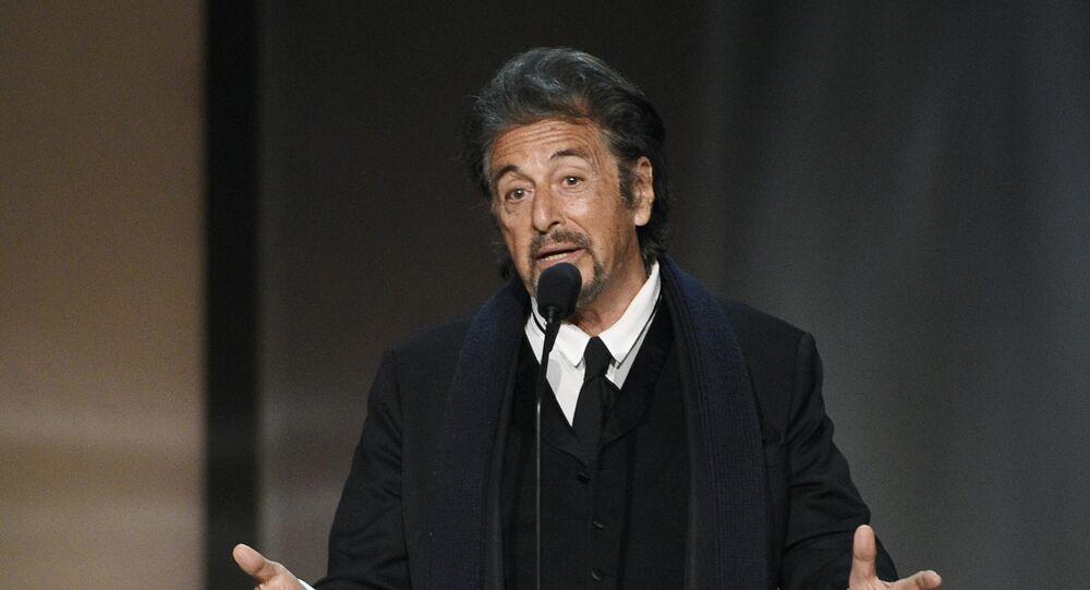 آل باتشينو