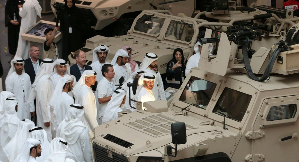 ولي عهد أبوظبي الأمير محمد بن زايد آل نهيان يحضر معرض ومؤتمر الدفاع الدولي (آيدكس) في أبو ظبي