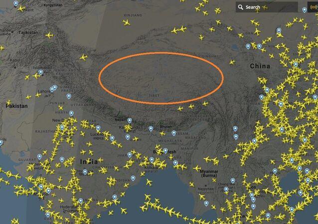 لماذا يحظر على الطائرات الطيران فوق جبال الهيمالايا