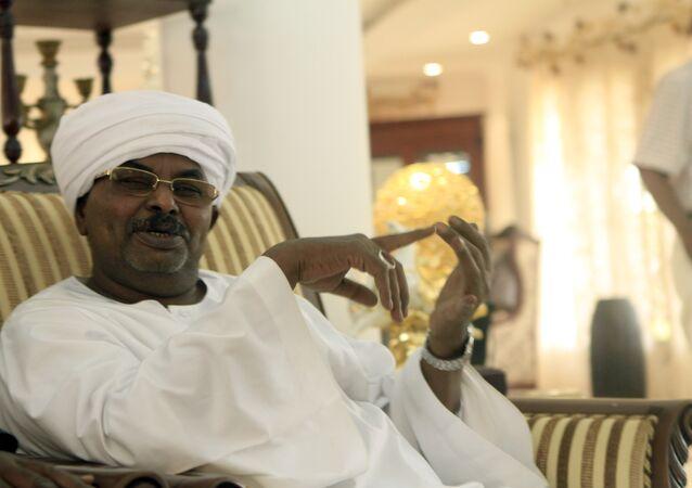 مدير جهاز الأمن والمخابرات الوطني صلاح عبد الله محمد صالح المعروف باسم صلاح قوش