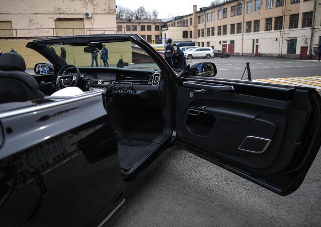 سيارة أوروس سينات في موسكو