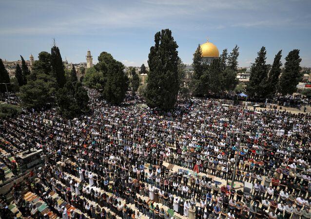 صلاة أول جمعة من رمضان في المسجد الأقصى