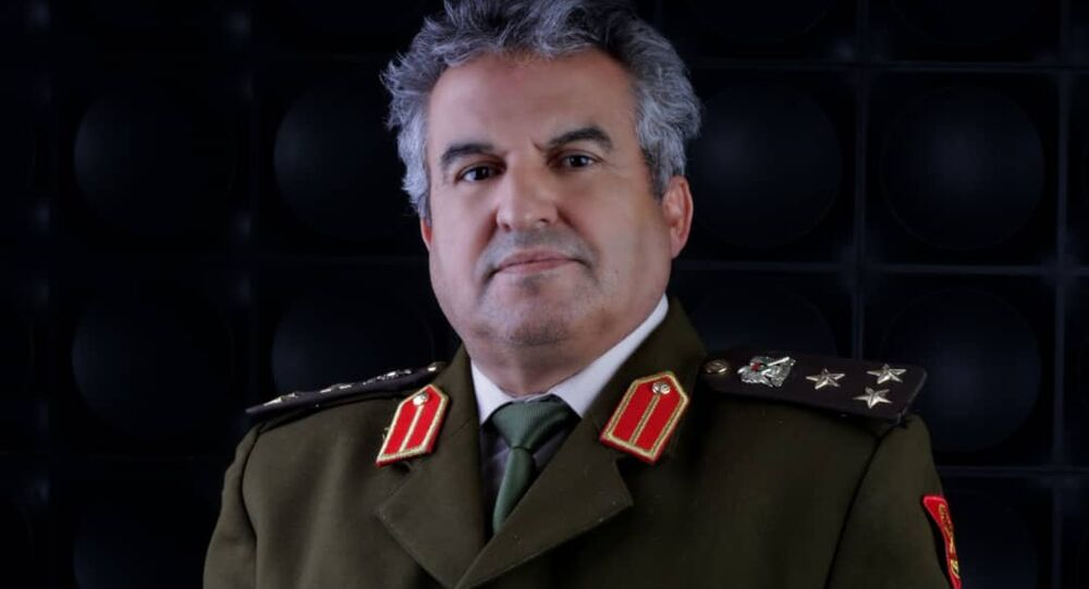 العميد خالد المحجوب مدير إدارة التوجيه المعنوي بالقوات المسلحة العربية الليبية