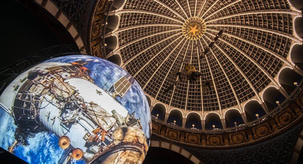 جناح ملاحة الأقمار الصناعية غلوناس بمركز المركبات الفضائية وعلم الفضاء في متحف الطيران