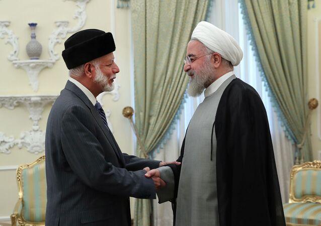 الرئيس الإيراني حسن روحاني يستقبل وزير خارجية سلطنة عمان يوسف بن علوي