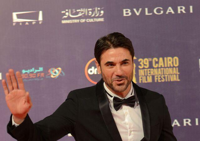 الممثل المصري أحمد عز