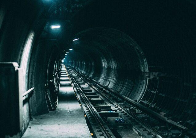 نفق سكة حديد