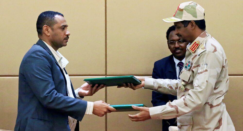 الاتفاق على تشكيل المجلس السيادي في السودان بين قوى الحرية والتغيير والمجلس العسكري