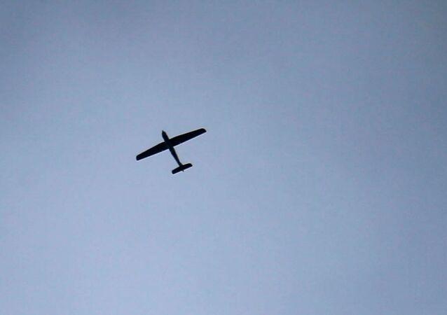 طائرة مسيرة في السماء