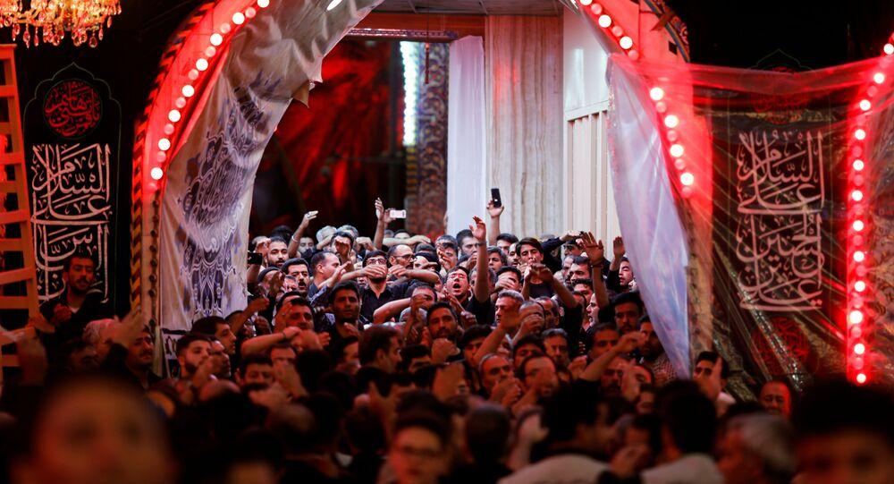 الاحتفال بيوم عاشوراء في مدينة كربلاء العراقية