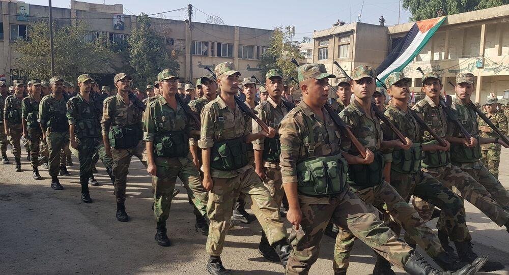 الجيش السوري يقيم عرضا عسكريا في الحسكة