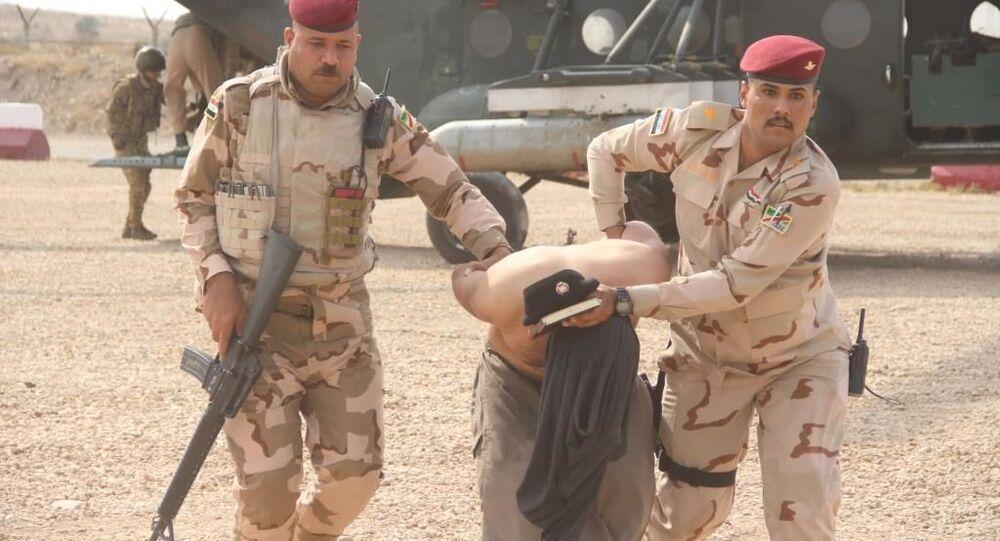 القوات العراقية تقتل 3 إرهابيين وتعتقل إنتحاريين قرب السعودية