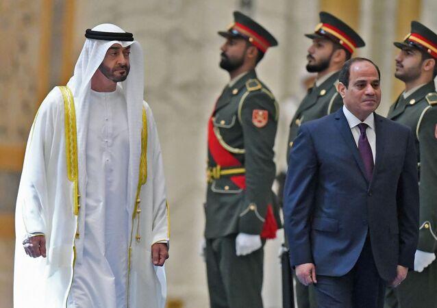 محمد بن زايد والسيسي في الإمارات