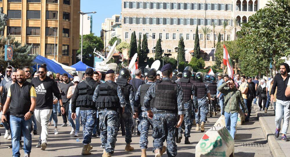 التظاهرات في وسط بيروت، لبنان 19 نوفمبر 2019