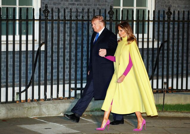 الرئيس دونالد ترامب والسيدة الأولى ميلانيا ترامب قبل بدء قمة الناتو في لندن، 3 ديسمبر 2019