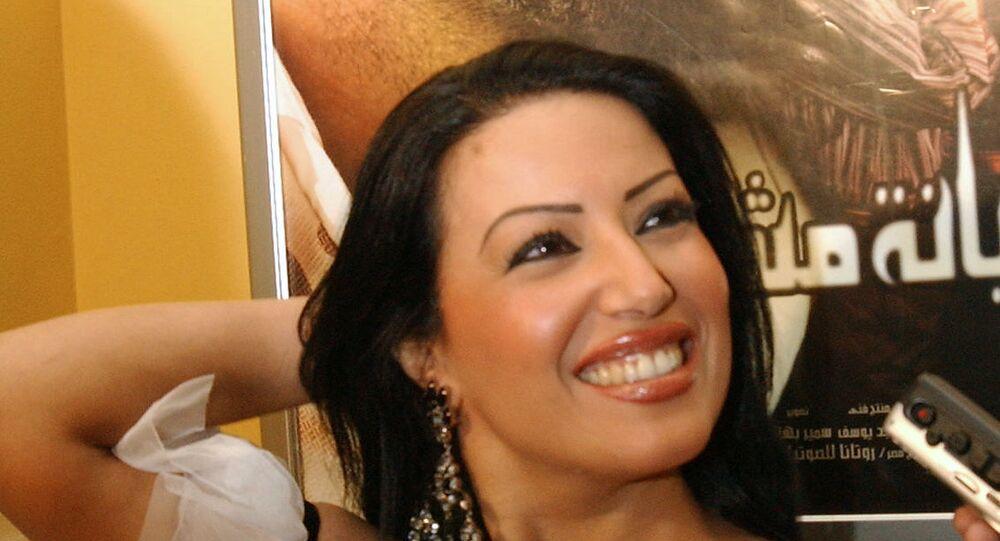 الفنانة المصرية سمية الخشاب