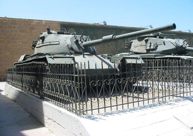 دبابة إم48