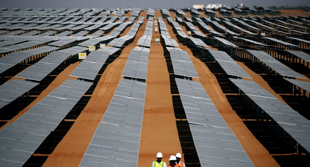 مزرعة الطاقة الشمسية في مصر