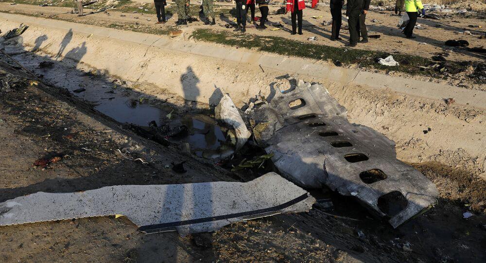 حطائم الطائرة الأوكرانية المنكوبة في إيران