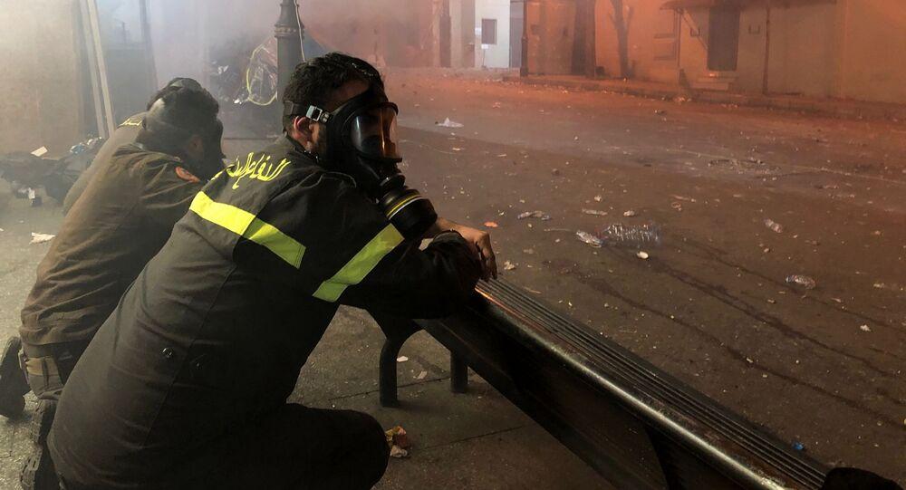 احتجاجات بيروت، الدفاع المدني، لبنان 15 يناير 2020