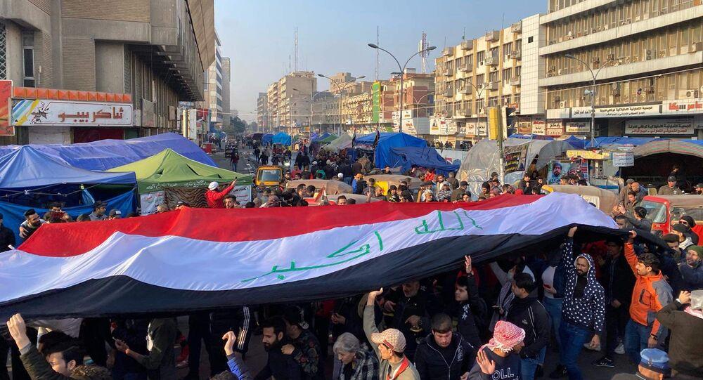 العراقيون يواجهون الموت لحماية ثورتهم