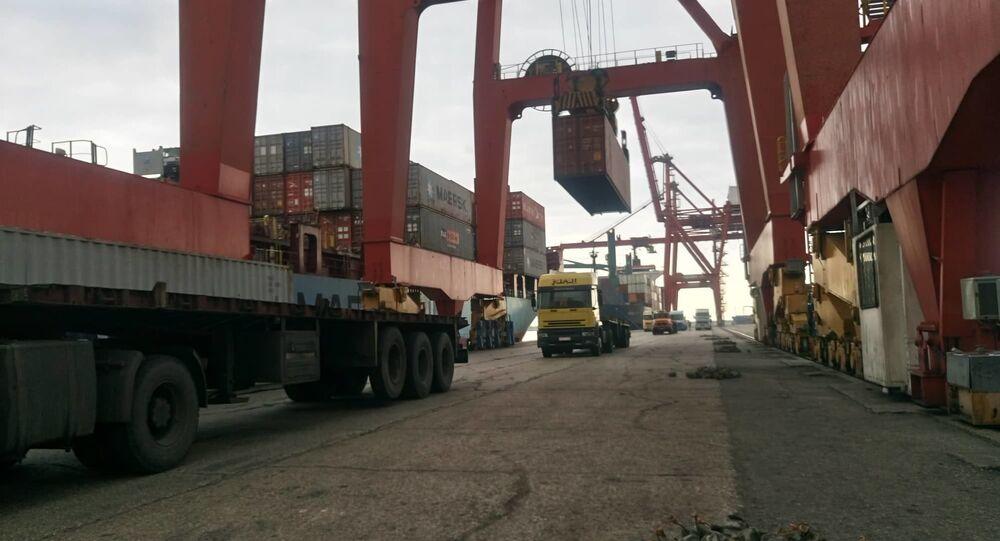 تجارة بضائع استيراد وتصدير