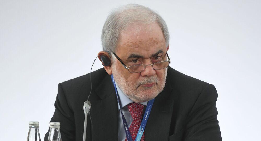 مستشار الرئيس اللبناني أمل أبو زيد