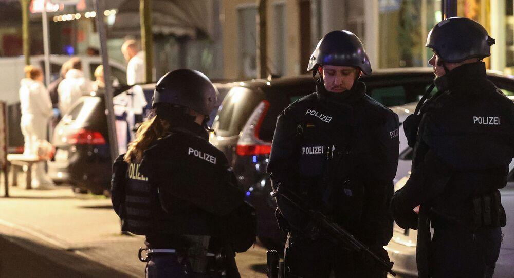 الشرطة الألمانية تطوق مكان إطلاق نار في مدينة هاناو غرب ألمانيا