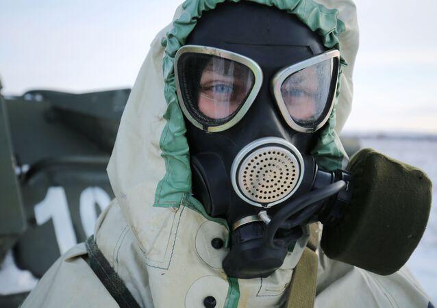 أحد عناصر الحماية ضد التلوث الإشعاعي والكيميائي والبيولوجي في الجيش الروسي