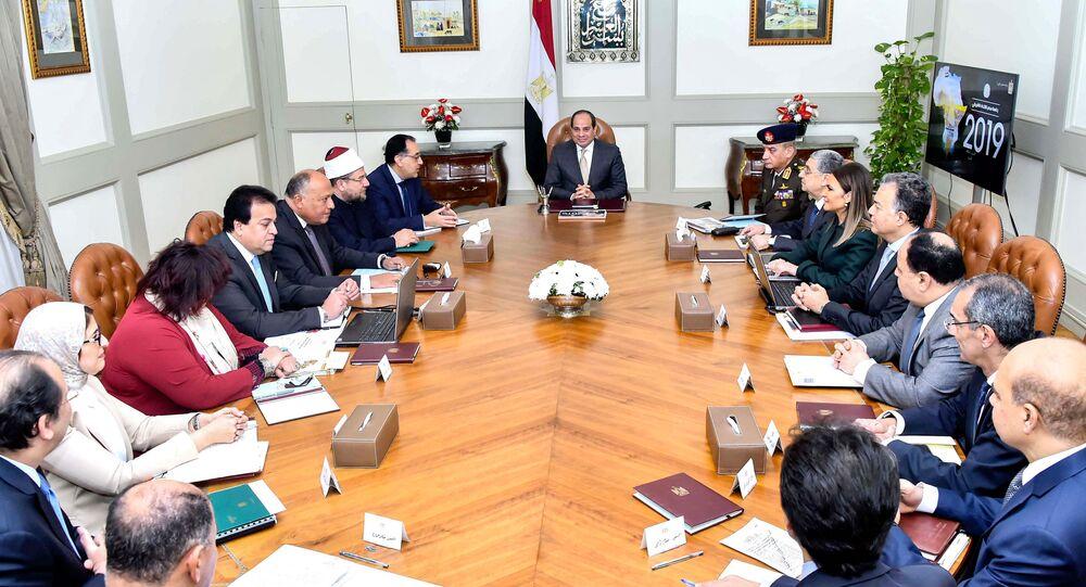 اجتماع الحكومة المصرية برئاسة الرئيس المصري عبد الفتاح السيسي