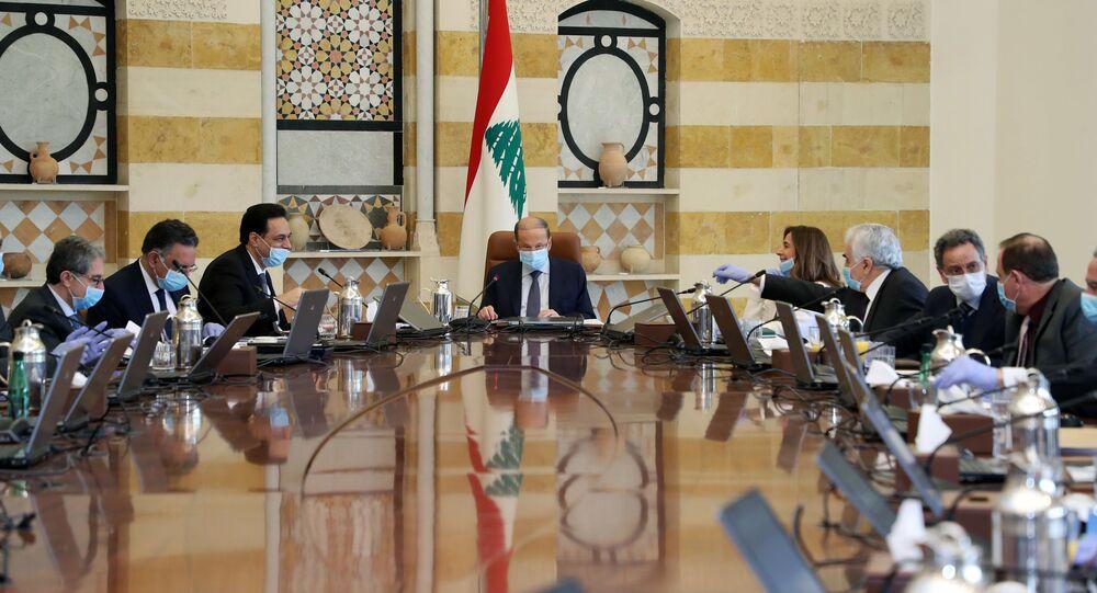 اجتماع الحكومة اللبنانية بحضور الرئيس اللبناني ميشال عون لبحث تداعيات فيروس كورونا في لبنان