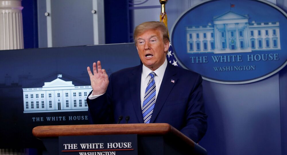 ترامب في مؤتمر صحفي مساء الاثنين 20 أبريل 2020