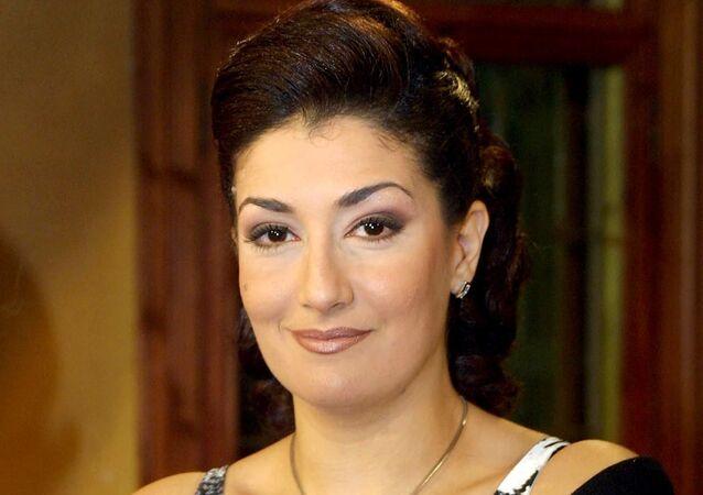 الممثلة المصرية غادة عبد الرازق