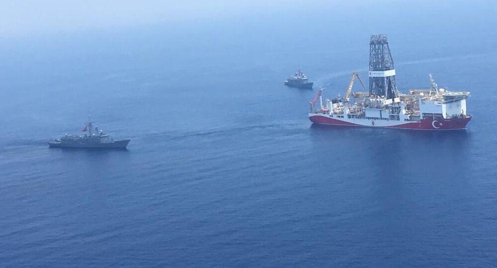 سفن تركية في البحر المتوسط