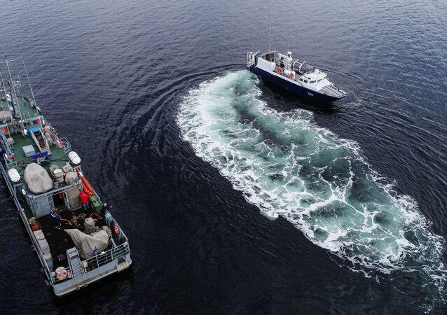 تدريبات طواقم البحث والإنقاذ التابعة لأسطول الشمال في بحر بارنتس، روسيا، 18 يونيو 2020